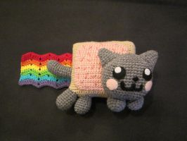 Crocheted Nyan Cat Plush by aphid777