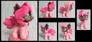 Heartbeat mini by fireflytwinkletoes