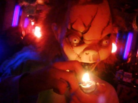 chuckie smokin a pipe by Quezzo