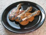 Violin Cookies by sake-bento
