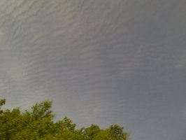 ripples in the sky by ColorBug