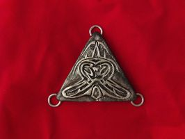 triangle buckle 03 by sunsetagain