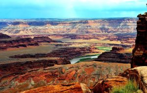 Horseshoe at Canyonlands by lawout16