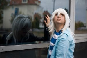 Bakura in the mirror Tendershipping by XSheri-MoonX
