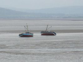 Two boats in a bay.. by arran69