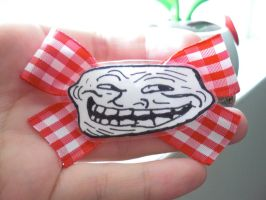 Trollface bow by Absolutley-Delish