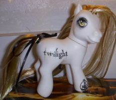 Twilight by colorscapesart by customlpvalley