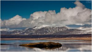 Iceland - catching the clouds by RaumKraehe