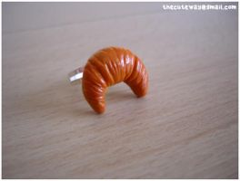 .:Croissant ring:. for sale by SaMtRoNiKa