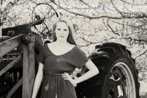 Country Girl by LLJPhotography