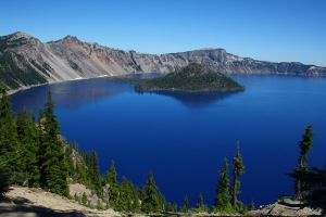 Crater Lake by dl-p