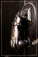 Knock knock by 0-Photocyte