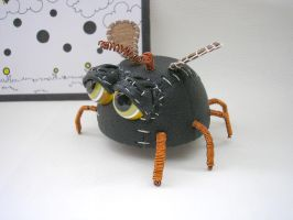 Fly Monster sculpture by pushok1983
