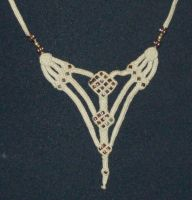 """Necklace """"Triplets"""" by Peter-The-Knotter"""