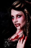 Vampiress by thexlookingxglass