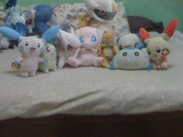 My small pkemon plushies......... by davyjonesentei123