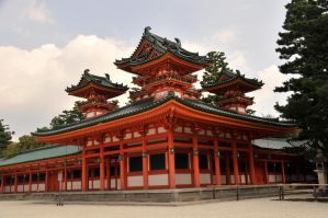 Red Pagoda at the Heian Jingu by AndySerrano