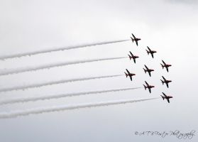 Red Arrows 2 by Takeshi-Toga