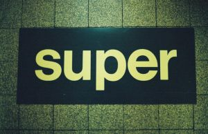 super by Vividlens
