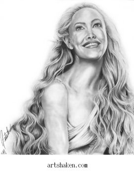 Amanda Seyfried by Artshakencom