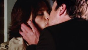 Castle-Beckett Kiss Manip 2 by michygeary