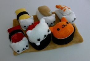 Nyanko Kitty Sushi Set by razzmicstrawberry