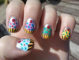 Cupcake Nail Art by TheNailFile