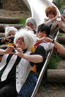 Love Love Happy Happy Vongola by teenieboecky