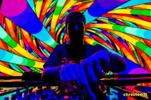 DJ Of Psychedelic Sounds by oO-Rein-Oo
