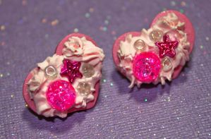 Sweet Decora Heart Cookie Earrings by squeekaboo