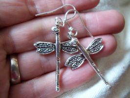 Dragonfly Earrings by artefaccio