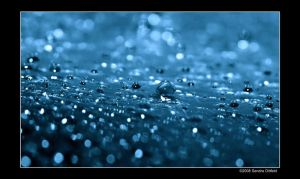 Drops in blue by grugster