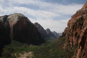 Zion Valley by asketchyfish