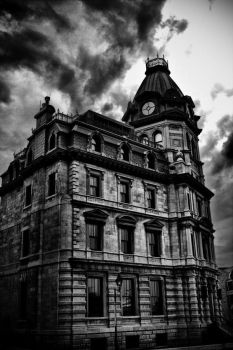 bulding in old-montreal by syst3mcrash