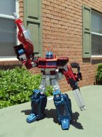 Classics Optimus Prime custom by Unicron9