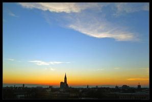 Dusk over Strasbourg by UrbanZombie