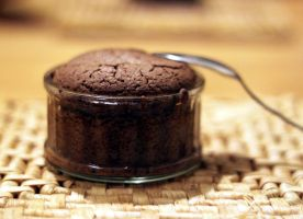 chocolate souffle with RECIPE by moth-owl