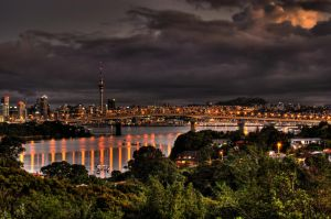 Auckland City Sunset by carterr