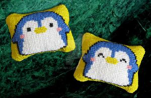 Penguin pillow by ithor