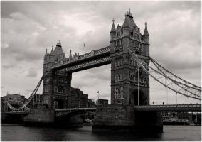 London Tower Bridge by jinhuang