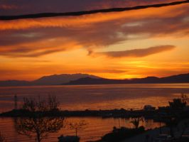 Sunset in SKIONI by mariaper