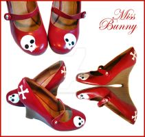 Skull Shoes by miss-bunny-shoes