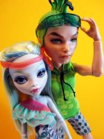 MH Custom - Lagoona and Deuce by periwinkleimp