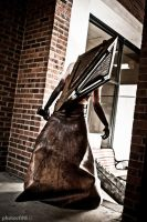 Pyramid Head Con Shoot 2 by kyphoscoliosis