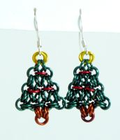 Christmas Tree Earrings by chainmaille