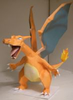 Charizard by jewzeepapercraft