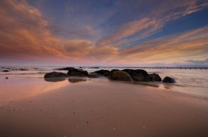 Mermaids Beach by deadxfly