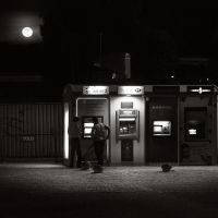 Full Moon Cash by kpavlis
