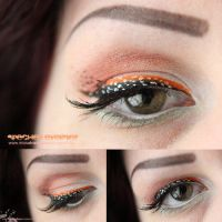 Speckled Eyeliner by MissVonXtravaganz