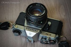Pentax KM by TLO-Photography